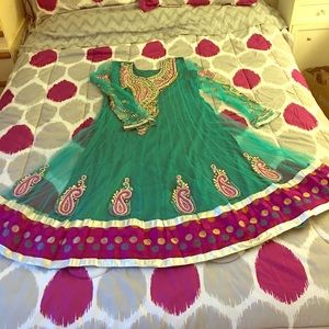 Dresses & Skirts - Anarkali dress. NWOT